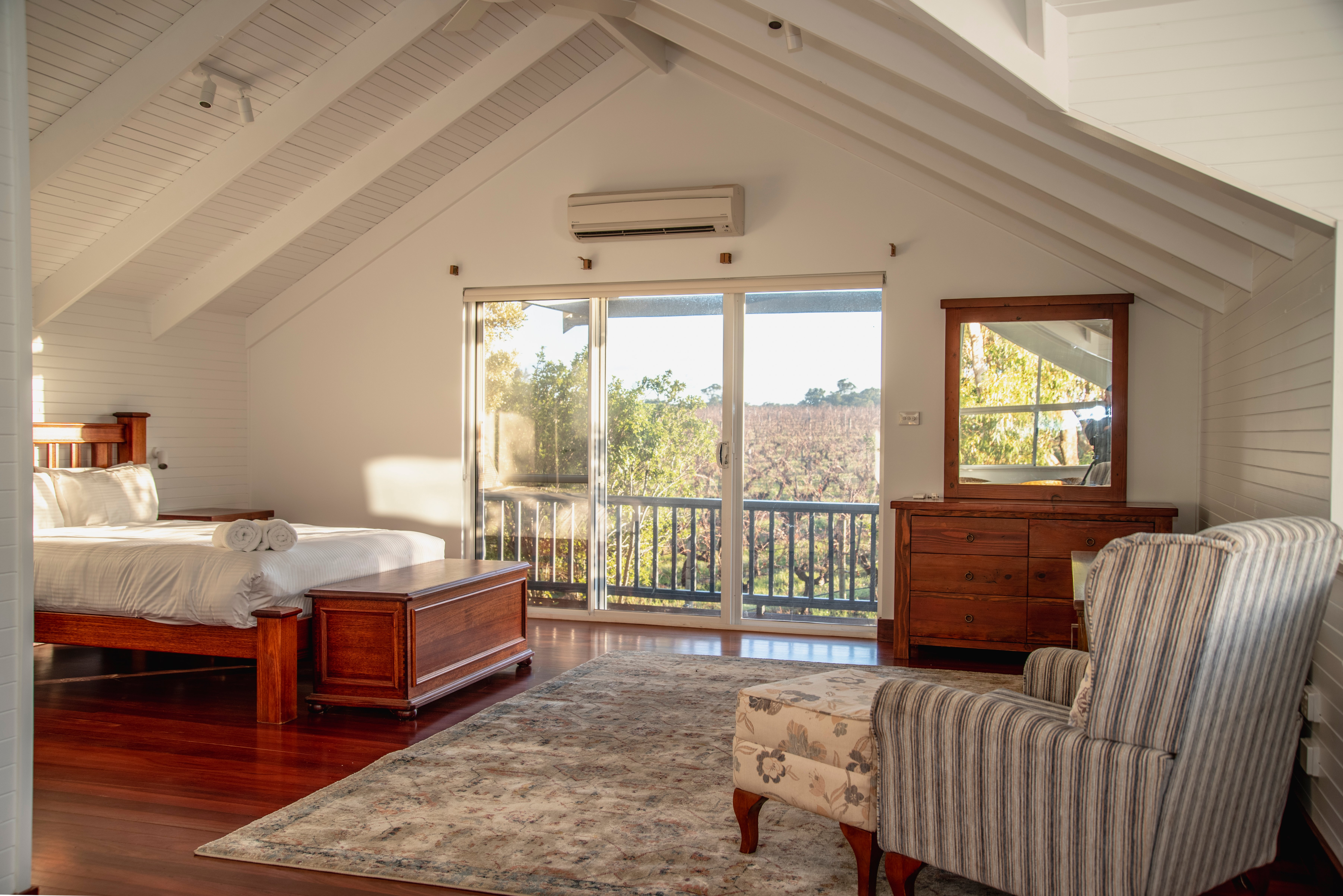 Wineries with Accommodation
